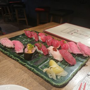 肉寿司の様子